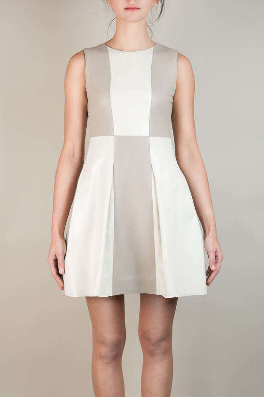 Sukienka skórzana jasna